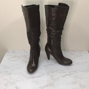 GUESS WOMEN'S SIZE 8 BROWN KNEE HIGH BOOTS